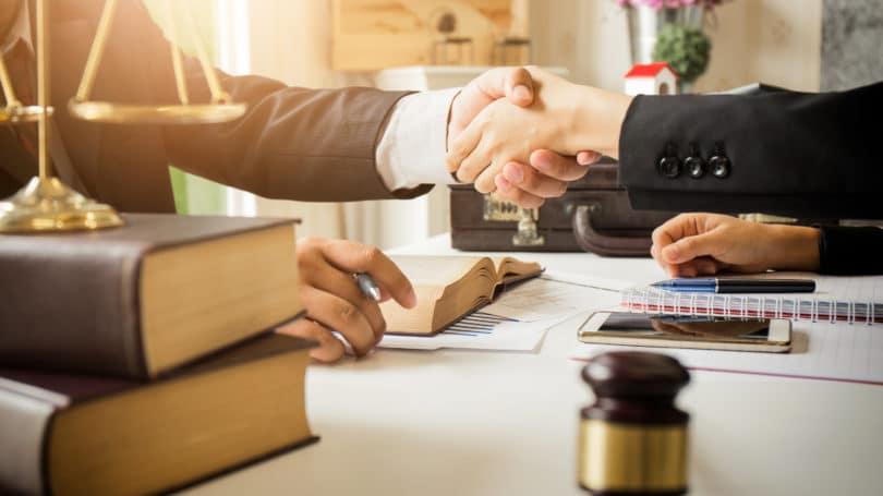 attorneys-need-extra-hands